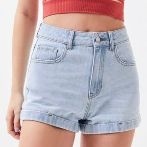 blue washed out mom jean shorts